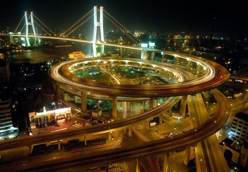 Мост Нанпу первым связал дваберега реки Хуанпу в Шанхае
