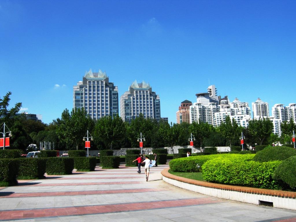катание на роликах в Century Park Шанхай