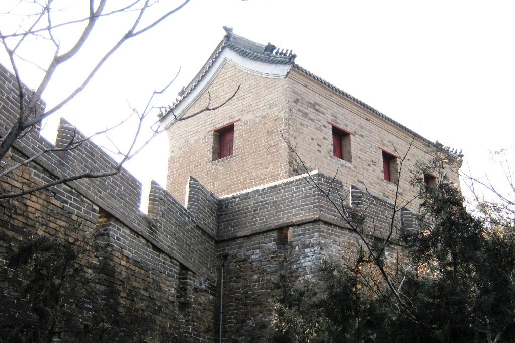 """Великая китайская стена (万里长城Wànlǐ Chángchéng) буквально """"Длинная стена в 10 000 ли"""""""