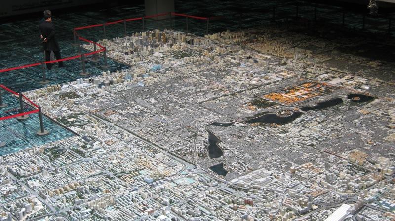 Наиболее интересная часть экспозиции - модель города в масштабе 1:750.
